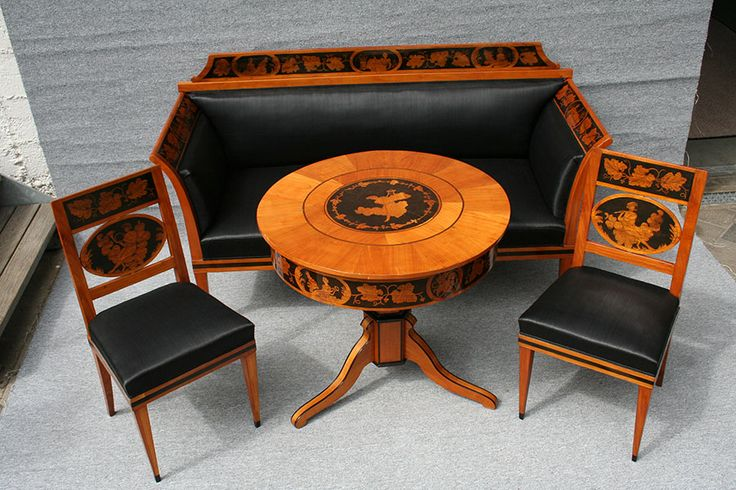 die besten 25 biedermeier tisch ideen auf pinterest brautstrau biedermeier hellrosa bouquet. Black Bedroom Furniture Sets. Home Design Ideas