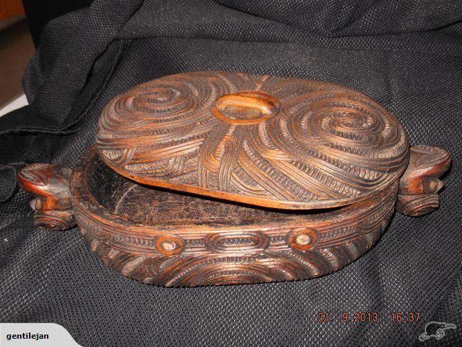 Carved Maori Feather Box |