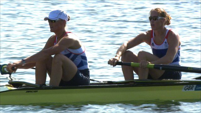 Great Britain's Helen Glover & Heather Stanning set a new Olympic record with a dominant victory in the first heat of the women's pair.