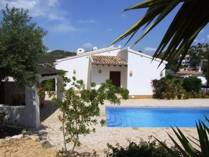 El Bueno, a charming villa with a lovely private pool. https://www.lacaza.co.uk/holiday-homes/el-bueno.html