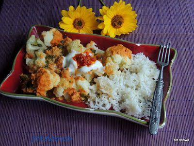 Moje Małe Czarowanie: Kalafior zapiekany z pomidorami