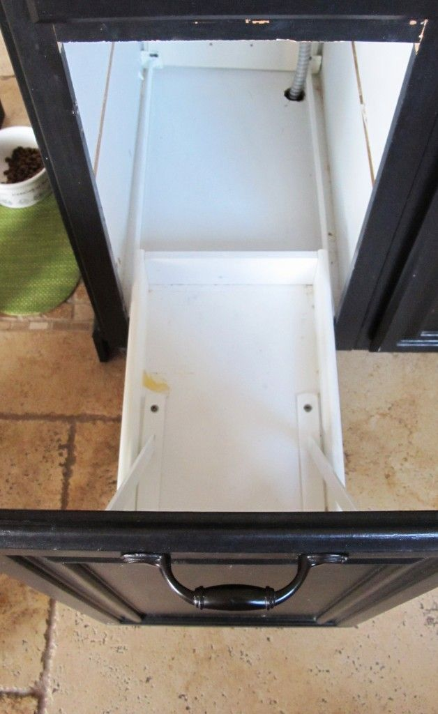 Turn a door and a drawer into a pull out trash canMy Uncommon Slice of Suburbia