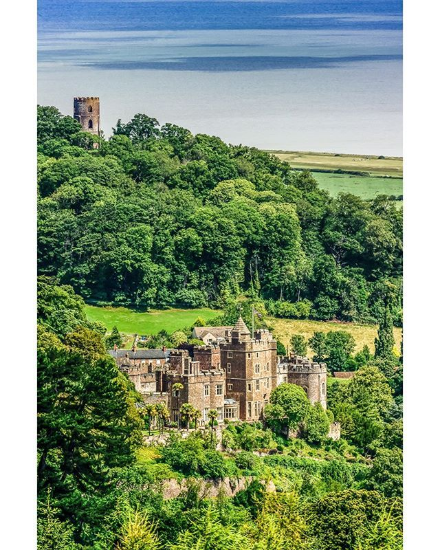 ICYMI: Dunster Castle in the Summer Sun. Dunster Castle is a former motte and bailey castle, now a country house, in the village of… #mohun