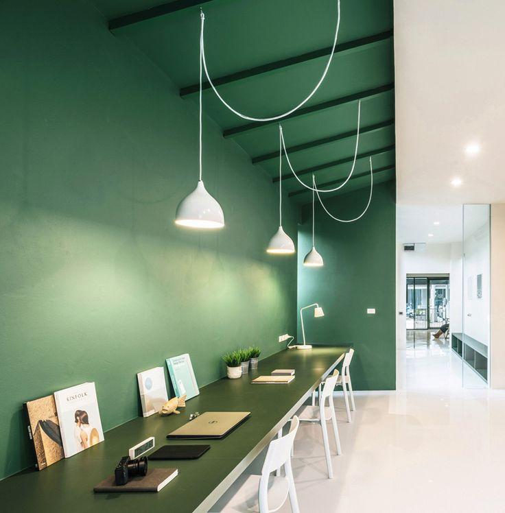 phongphat ueasangkhomset green 26 office interior designboom