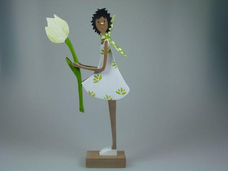 Holzfigur - Weiße Tulpe  von mw-holzkunst auf DaWanda.com