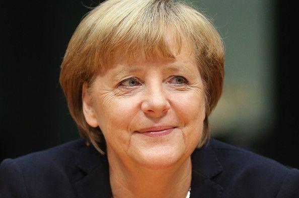 Pin Auf Angela Merkel