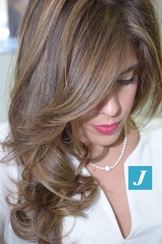 Spotted in salone! Lo stile e l'eleganza del Degradé Joelle. #cdj #degradejoelle #tagliopuntearia #degradé #welovecdj #igers #naturalshades #hair #hairstyle #hairstyles #haircolour #haircut #fashion #longhair #style #hairfashion