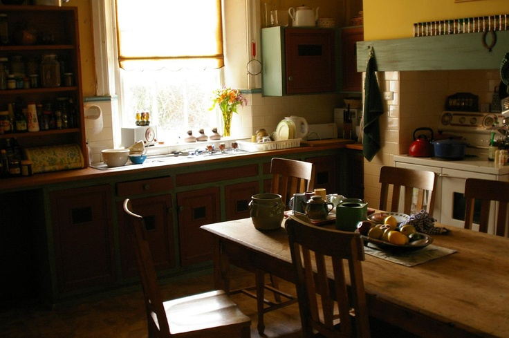 "kitchen, ""McLeod's Daughters."""