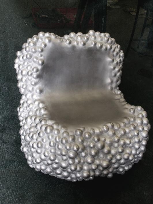 Bubble rock scupture seat de Harry & Camila fundida en aluminio en Esculturas Bronzo