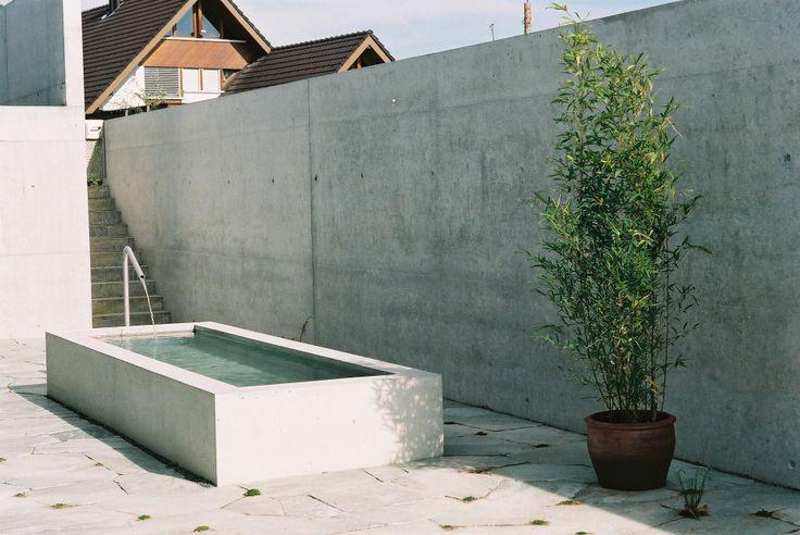 Wasser-Wasserbecken-Beton-4.jpg 1.840×1.232 Pixel
