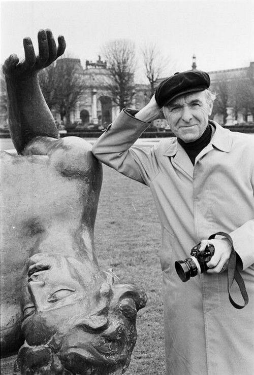 Photographer Robert Doisneau. Fantastic photojournalism