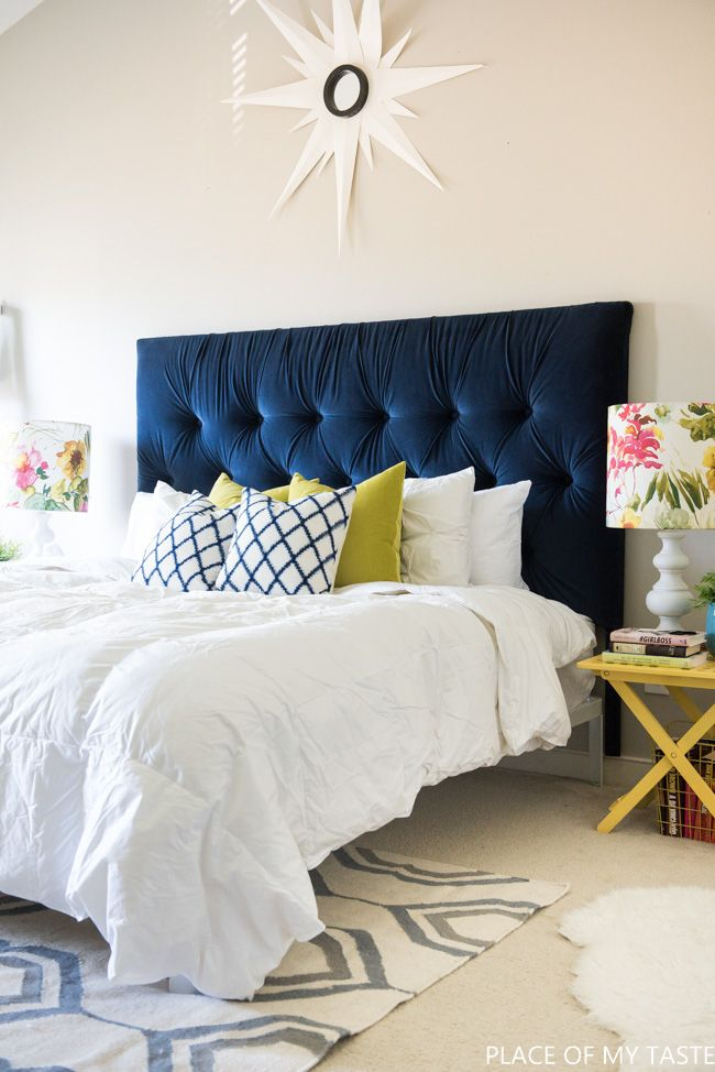 How to make a tufted headboard tutorial. Sooo good!!