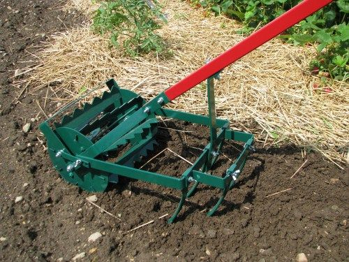 Homemade tiller american garden tools weed till for Gardening tools for 6 year old