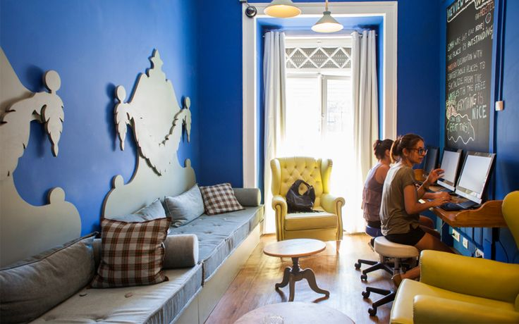 Hoscars 2017: #Portugal leads the list of the best hostels in the world at #Hoscars2017 - via Hostelworld 24-01-2017   #Portugal is once again recognized as one of the best #hostel destinations in the world by its users. Portuguese hostels continue to shine at Hostelworld's #Hoscars, the world's most prestigious hostel awards. Hostelworld Hoscars highlights the best hostels in the world as voted for by its customers. Photo: Best Atmosphere #1 Goodmorning Lisbon Hostel (Lisbon)