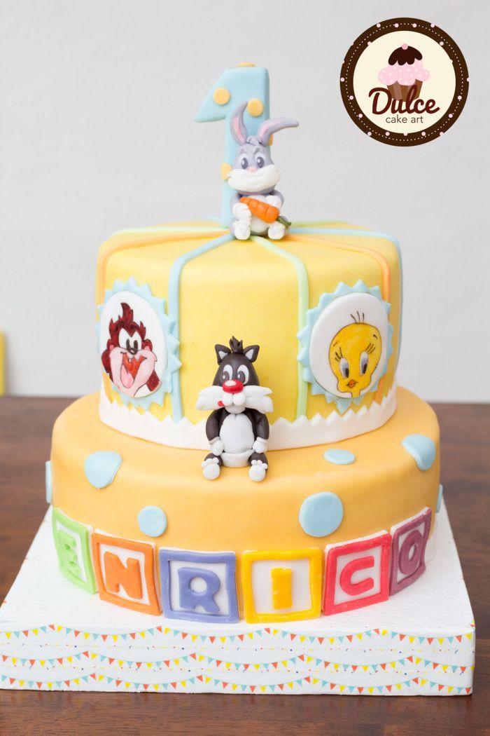Baby Looney Tunes Cake