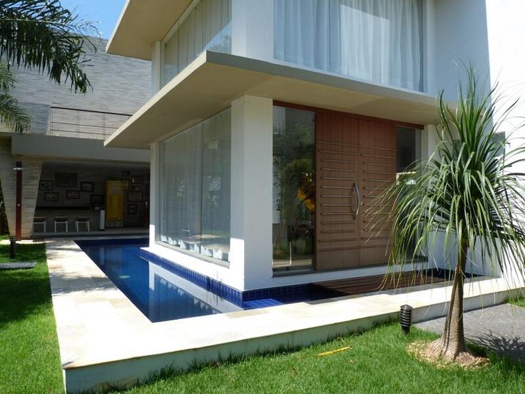Casas Em Condominio Fechado no Pinterest  Fachadas Casas, Fachadas De