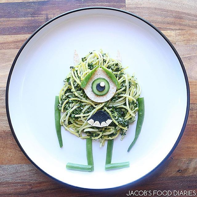 MIKE from MONSTERS INC  Kale, spinach and Macadamia Pesto Pasta 👉🏽👉🏽learn how to make this ten minute Mike on my blog! Link in bio!👈🏽👈🏽 This is one of the most quickest, delicious and nutritious pestos that I make for the whole family-one of our favourites! x  #Disney #Pixar #monstersinc #organicfood#kale #spinach #macadamia #Vegetarian #garlic #cucumber #wholemealwrap #stringbeans #lemonjuice #homemade #pesto #pasta #organic #organicangels #mikemonstersinc #monstersinc  #cute