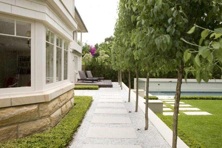Splittweg im Garten - moderne Gestaltung im englischen Stil