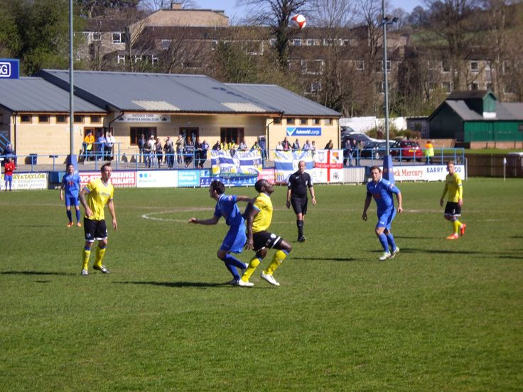 http://chas-chassblog.blogspot.co.uk/2015/04/action-from-matlock-town-3-kings-lynn.html