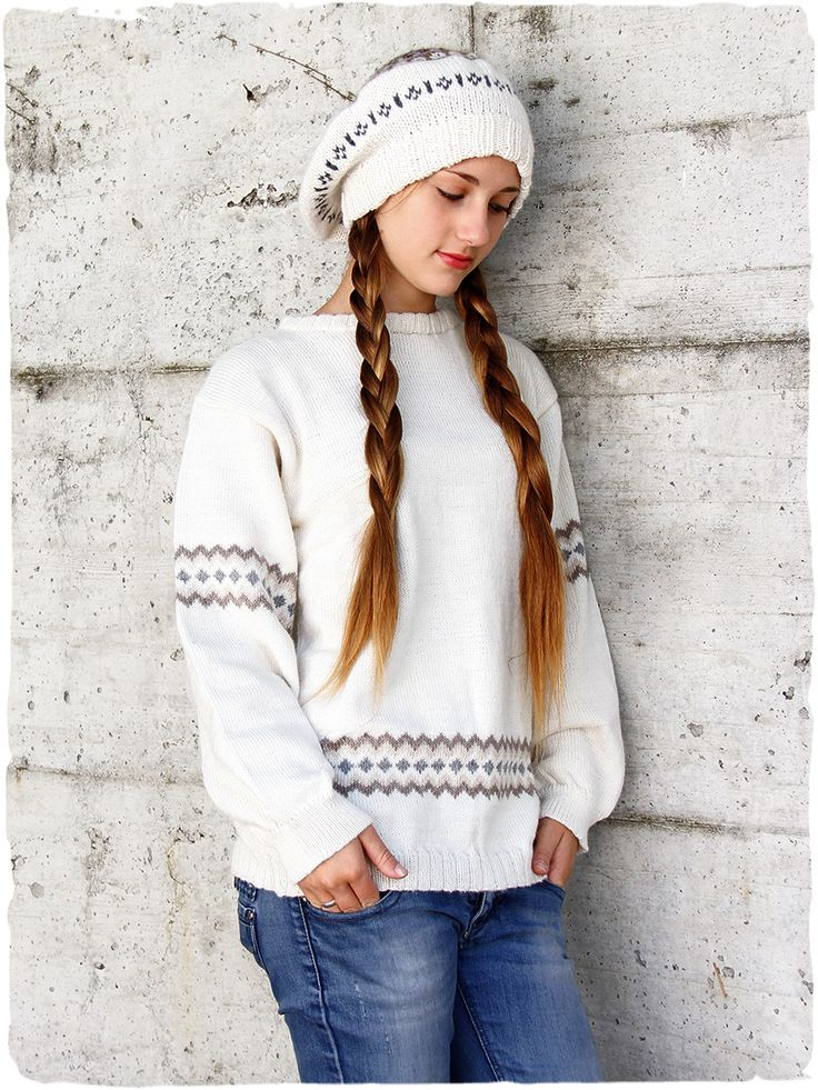 maglione in lana d'alpaca #modaetnica #ethnicalfashion #alpacaswhool #lanadialpaca #peruvianfashion #peru #lamamita #moda #fashion #italianfashion #style #italianstyle #modaitaliana #lamamitafashion #bianco