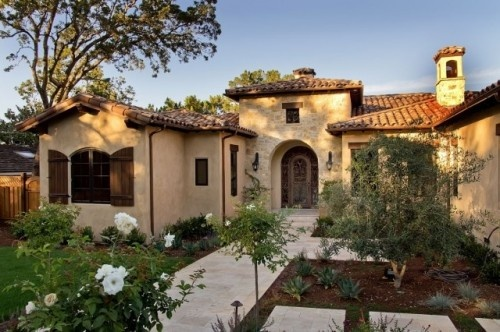 17 best images about tuscan style on pinterest house for Spanish style interior shutters