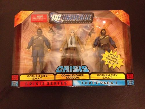 DC UNIVERSE CRISIS SERIES THREE PACK # 1