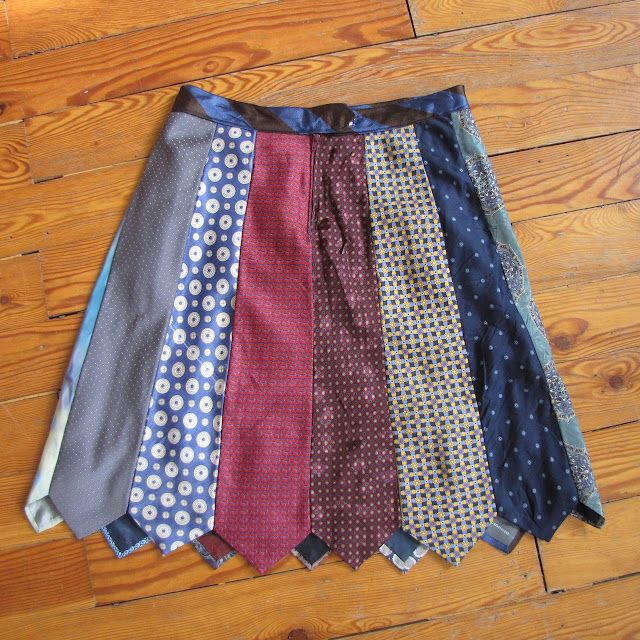 I keep looking at these tie skirts and I love them. I'm going to have to finally attempt one.