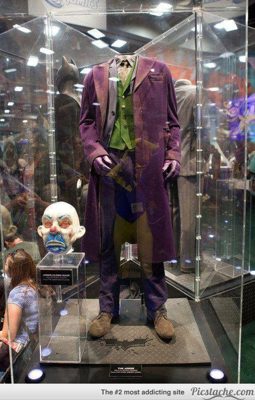 The Original Costume Worn By Heath Ledger. Words cannot express how much I would love to see this in real life.