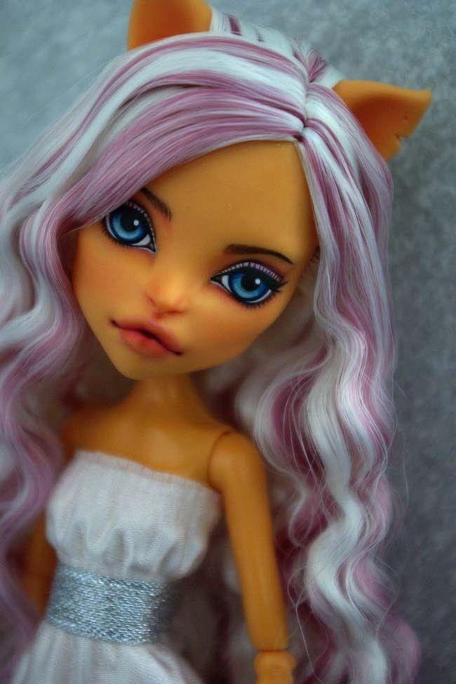 OOAK Monster High  Toralei  custom  Repaint by Hyangie