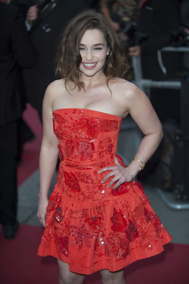 September 08: GQ Men of the Year Awards - 0809 GQmenoftheyear 0016 - Adoring Emilia Clarke - The Photo Gallery