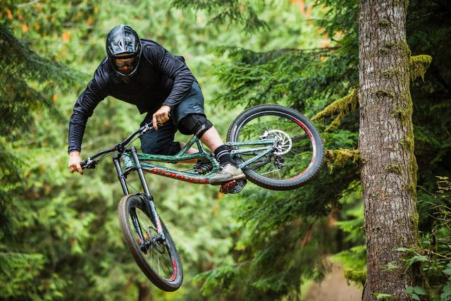 BikeSplosh - All Things Bikes: In the Know - Curtis Robinson and Dylan Dunkerton