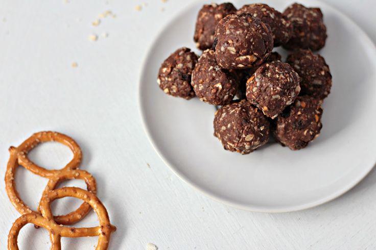 No-Bake Nutella Pretzel Power Bites - xo.Janiecy.xo by Janeese