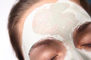 ***¿Cómo Limpiar el Cutis?*** La limpieza de cutis es el primer mandamiento de la belleza. Es algo que debe quedar grabado en la memoria de toda mujer que quiera lucir una piel saludable y joven...SIGUE LEYENDO EN.... http://comohacerpara.com/limpiar-el-cutis_473b.html