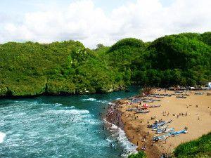 Panorama keindahan di Pantai Baron
