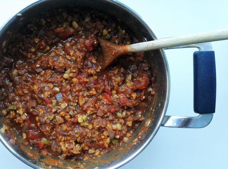 Kikærtebolognese - et vegetarisk alternativ til almindelig bolognese, som alle vil elske!
