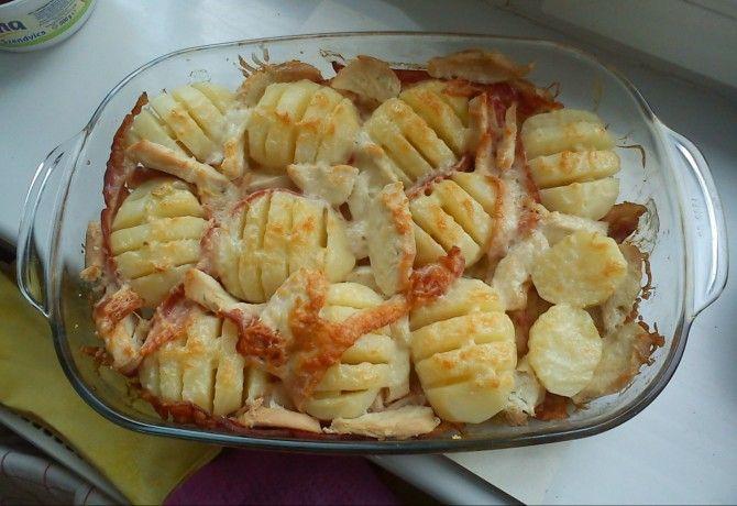 Sajtos recés krumpli szalonnával