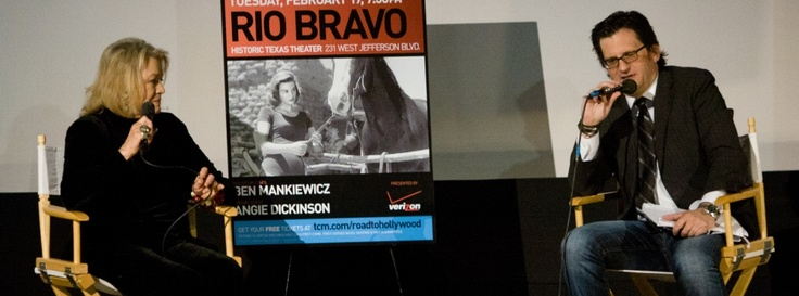 Angie Dickinson and Ben Mankiewicz on state at the Texas for the TCM Road to Hollywood screening of Rio Bravo!