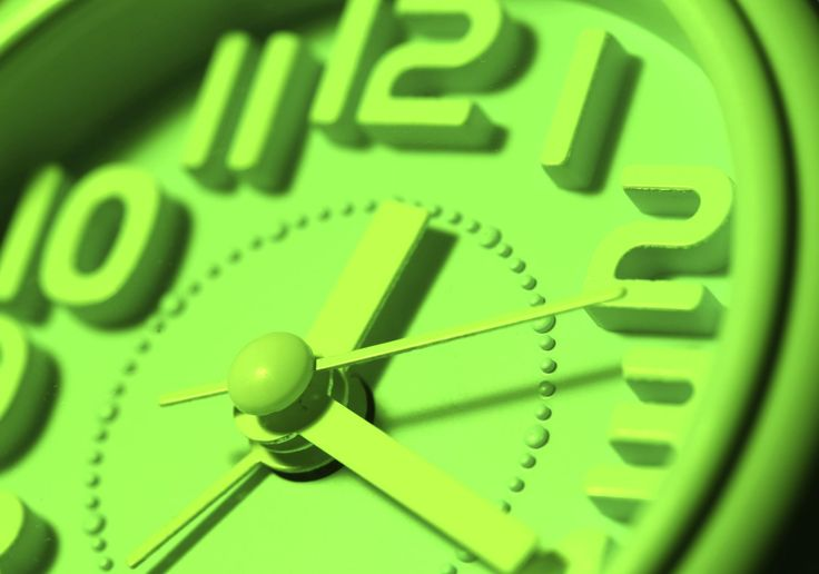 """Drop the """"S""""       Let's clear this up for good: It's """"daylight saving time,"""" not """"daylight savings time."""" But that doesn't stop people from routinely adding the extra letter. Bing searches turn up 45 million results for """"daylight saving time,"""" and 44.9 million results for """"daylight savings time."""""""