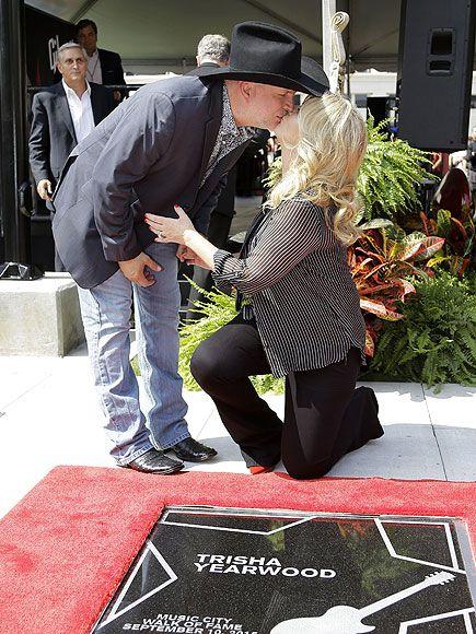 Garth Brooks and Trisha Yearwood Receive Side-By-Side Stars on the Music City Walk of Fame| Nashville, Country, Music News, Garth Brooks, Luke Bryan, Trisha Yearwood