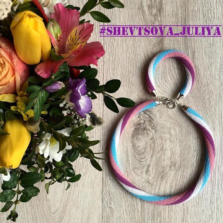 We on Facebook: http://ift.tt/2jRHDjd Beautiful Beaded Jewelry #underbeads by @underbeads Check our #AmazingPhoto WEBSTA: Дорогие мои красивые и любимые девочки! Всех с праздником! Желаю нежности и счастливых моментов круглый год! Этот комплектик сделан для замечательной @amkstav #жгутизбисера #украшенияизбисера #8марта #жгутизбисеракрючком #бижу #бисер #браслет #бижутерия #бисерныйжгут #бисероплетение #бисерноеукрашение #подарок #аксессуары #украшение #украшенияизбисера #оскарделарента…