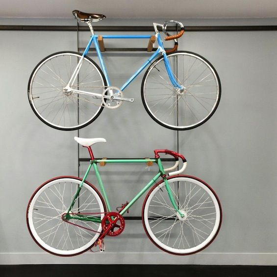 17 best images about bike storage on pinterest bike storage bikes and bicycle hanger - Deco jardin velo paris ...