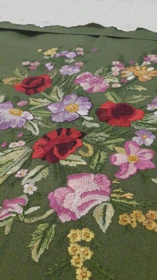 Copriletto della nonna Graziella  #solocosebelle #primavera #fiori #regalo