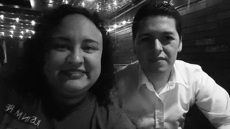 Aquí celebrando el cumple de mi amigo Arturo! Muchas Felicidades amigo! #HappyBirthday #happybirthdayfriend #countrymusic #thebar #countrytuesday #countrymode by usamoru1420 https://www.instagram.com/p/BEaKv1sPZQX/ #jonnyexistence #music