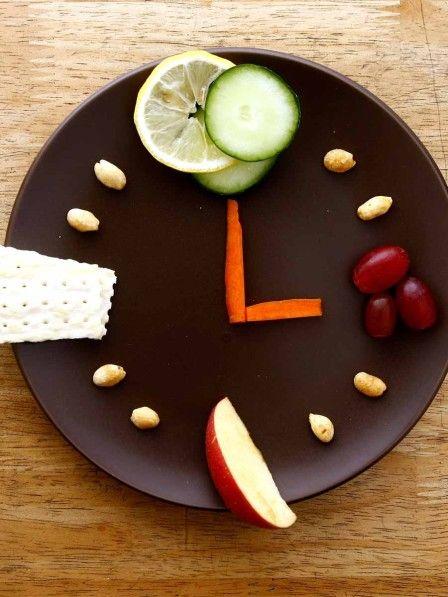 Dass wir gesund essen sollten um abzunehmen, wissen wir. Doch es kommt auch darauf an, wann wir was essen, auf die Reihenfolge.