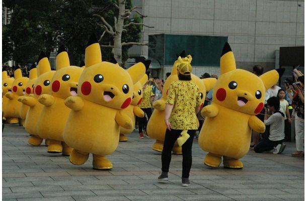 ピカチュウが横浜で大量発生中!一度は見たい大行進も
