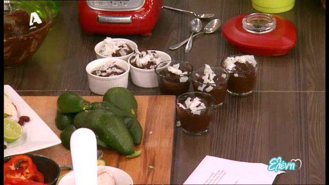 6 Συνταγές με αβοκάντο!!ΓΟΥΑΚΑΜΟΛΕ, ΨΩΜΙ, ΣΑΛΑΤΑ, ΚΕΣΑΝΤΙΓΙΑΣ, ΜΑΓΙΟΝΕΖΑ, ΒΙΝΕΓΚΡΕΤ & ΜΟΥΣ ΣΟΚΟΛΑΤΑΣ ΜΕ ΑΒΟΚΑΝΤΟ