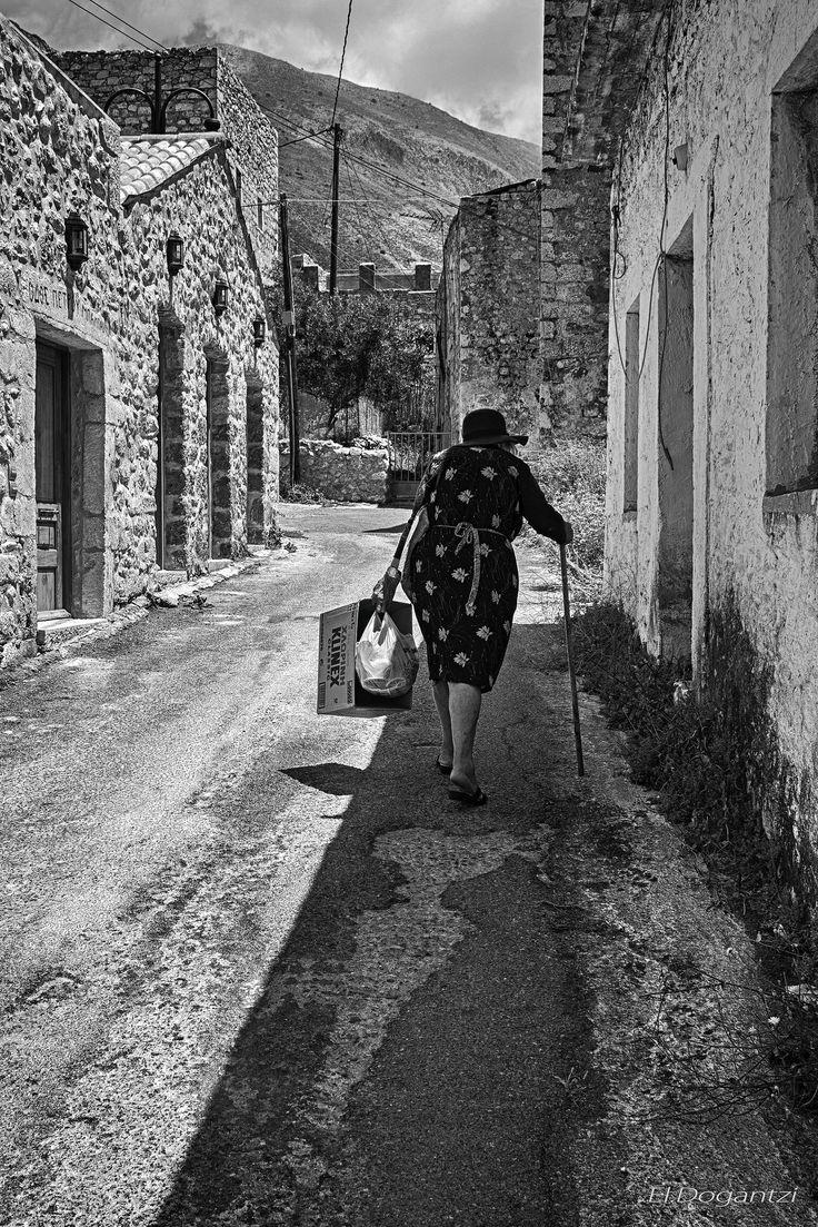 https://flic.kr/p/yJWPJQ | ΜΑΝΗ  ( GREECE)