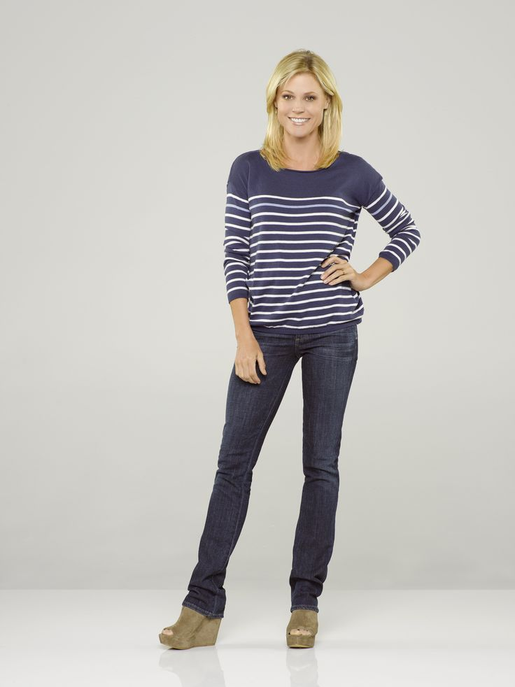 Julie Bowen as Claire Dunphy in #ModernFamily - Season 5