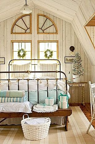 Great Cottage Guest Bedroom