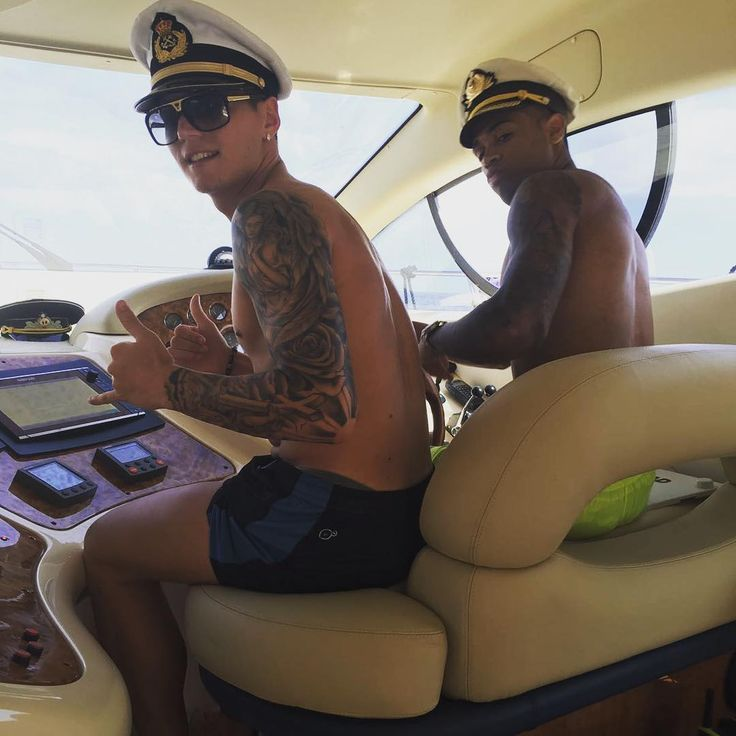 www.insideworldsoccer.com 2017 05 manchester-united-guillermo-varela-tattoo-frankfurt-loan-terminated.html